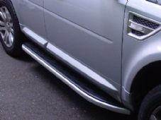 FREELANDER 2 2006 ON BLACK RUBBER COVERED SIDE STEPS + ALI TRIM (2) - RE/F2